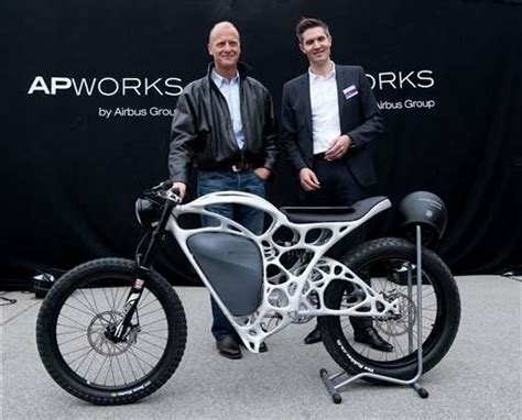 Yamaha Motorrad Ottobrunn by Airbus Unit Unveils 3d Printed Electric Motorcycle