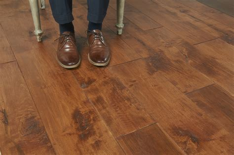 Hand Scraped   Peachey Hardwood Flooring