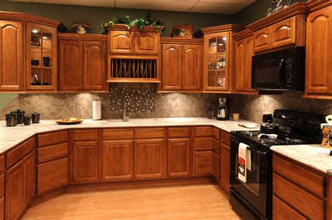 Kitchen Cabinets With Black Appliances Oak Kitchen Cabinets With Granite Countertops And Black Appliances Search For The