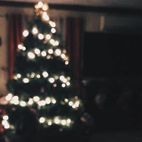 happily tis  season christmas christmas wallpaper merry  christmas