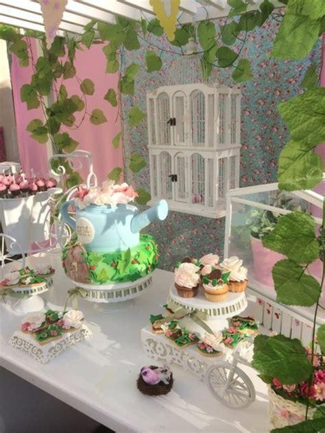 Gartendeko Zum Geburtstag 25 ideen f 252 r dekoration zum geburtstag im garten