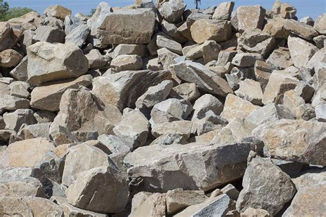 fractured granite boulders prescott dirt