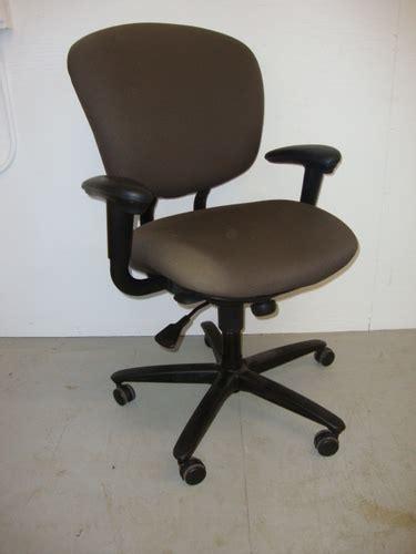 Haworth Furniture by Conklin Office Furniture C3325 Haworth Improv Seating