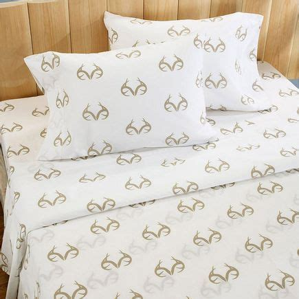realtree bedding camo and hunting pinterest 162 best camo home decor images on pinterest camo