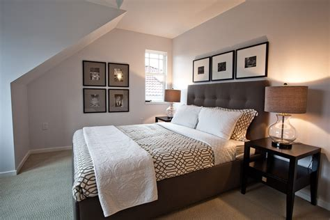 bedroom stuff splashy bedspreads king in bedroom contemporary with art