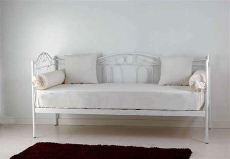 divanetti in ferro battuto letto ferro battuto cantori usato vedi tutte i 20 prezzi