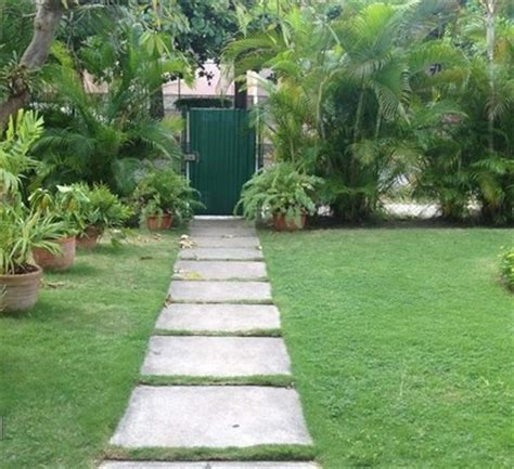 backyard path ideas garden design 33221 garden inspiration ideas