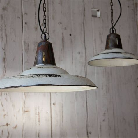 hanging light fixtures for kitchen 25 best ideas about kitchen pendants on pinterest