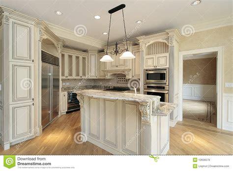 keuken met marmeren eiland royalty vrije stock