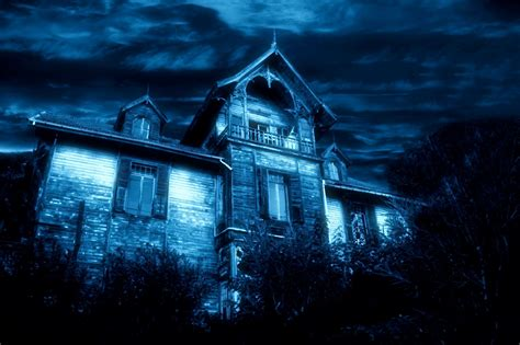 i have a blue house with a blue window haunted blue house real ghost stories denisevlogs youtube