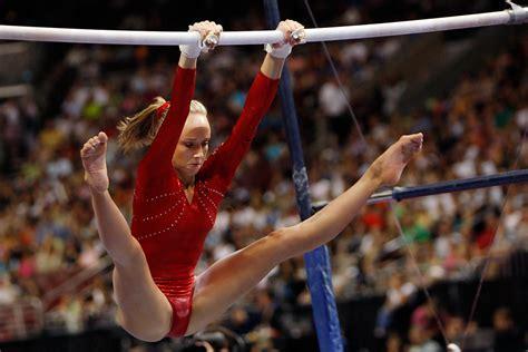 gymnast shawn johnson malfunction nastia liukin in 2008 u s olympic team trials