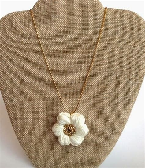 knit puff stitch puff stitch flower necklace 183 how to knit or crochet a