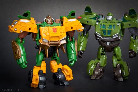 Beast Hunters Transformers Bulkhead Hasbro beast hunters cyberverse bulkhead and optimus prime in transformers news tfw2005