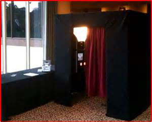 Photo Booth Rentals Photo Booth Rentals A Growing Trend At Weddings Wedding Day Sparklers
