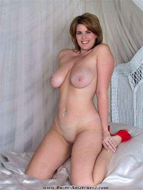 Big Natural Boob Lisa Sparxxx Stripping Naked Pictures