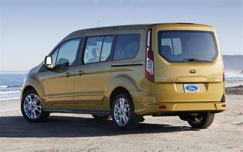 ford transit wagon cars model 2013 2014 jim farley discusses ford transit
