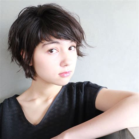 one to two inches short hairs for women 黒髪ショートヘアの人気集 面長 丸顔 前髪ありなしにcheckしよ hair