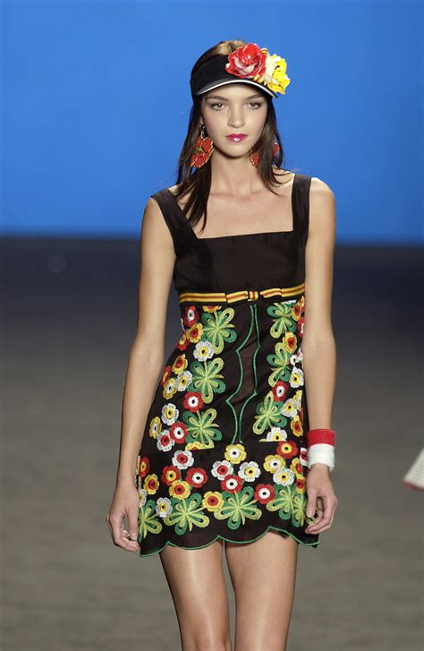 New Week A New Sui Dresss by Sui At New York Fashion Week 2003 Livingly