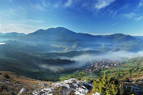 Cote De Sud by La Bulgarie C 244 T 233 Sud Routard