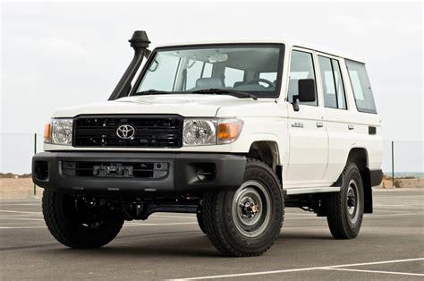 Welches Auto Ist In Der Versicherung Das G Nstigste by Ein Auto F 252 R Tansania Mariendorf Ost
