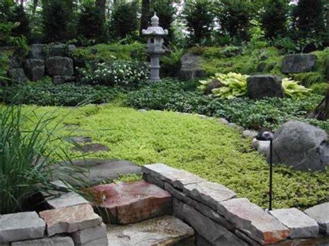 Simple Garden by A Simple Garden Design Beautiful Homes Design