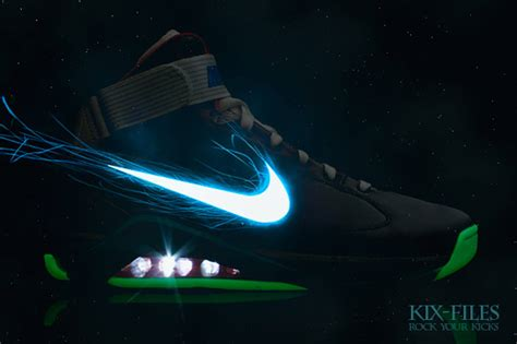 Nike Shoes That Light Up by Buy Amazing Characters Shoes August 2011