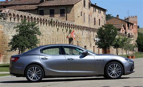 How Much Is The Maserati Ghibli by Maserati Ghibli Saloon Review 2013 Parkers