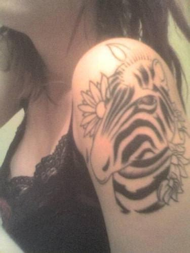 tattoo ideas zebra zebra tattoo on shoulder