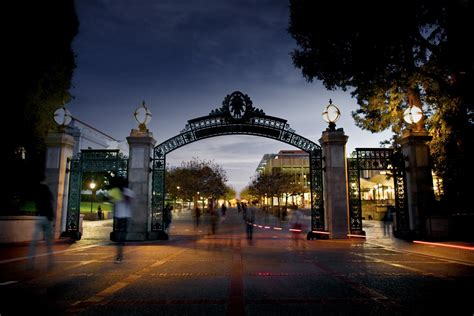 Of California Berkeley Part Time Mba by Uc Berkeley For Alumni And Friends Of The Of