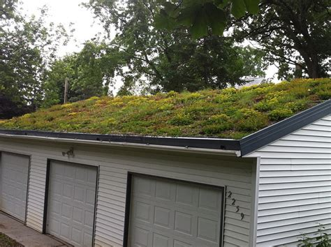 The Green Garage by Roofs Garage Roofs