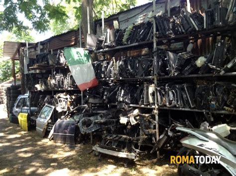sfascia carrozze roma sfasciacarrozze in via palmiro togliatti le foto