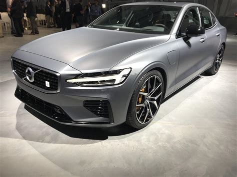 2019 volvo t8 2019 volvo s60 t8 polestar unveiled today as volvo