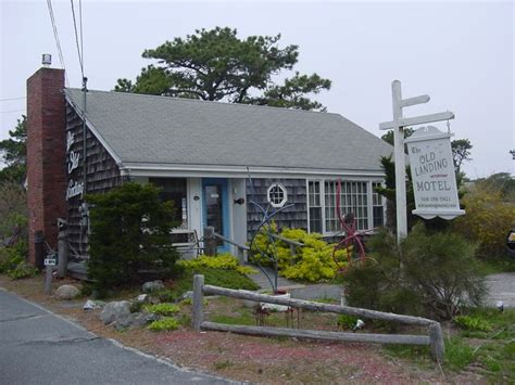 cape cod hotels motels 1000 ideas about cape cod motels on island