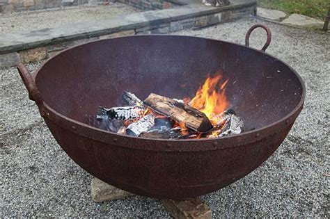 Backyard Creations Cast Iron Pit Martha Stewarts Large Iron Cauldron I Want One For My