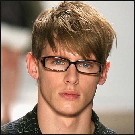 Best Haircuts For Guys With Glasses by Fashionable Hairstyles Best Hairstyles For 2012 4