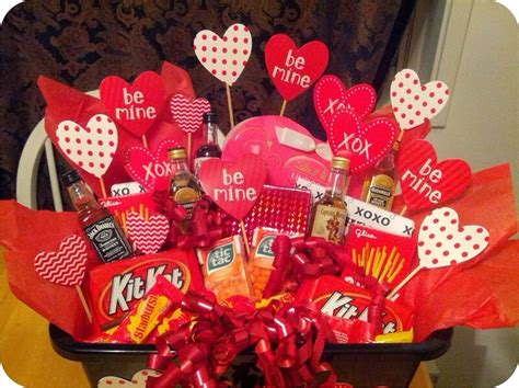 baskets for valentines day 45 valentines day gift ideas for him