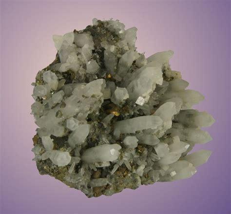 bergkristal ab 130 mm bergkristall mit chalkopyrit topgeo