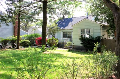 Houses For Sale Huntington Station Ny by Huntington Station Ny 3 Bedroom House For Sale 105 Lodge