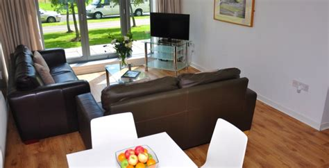 serviced appartments edinburgh edinburgh apartments ocean serviced apartments