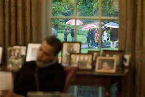oval office tour file barack obama on the phone in oval office when