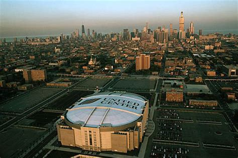 chicago venue guide: united center facts and info gold