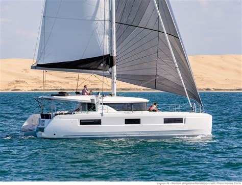 lagoon catamaran sale rental catamaran  luxurious yacht construction