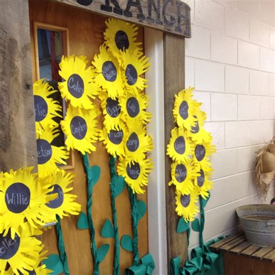 fall themed classroom door decorations top 25 best farm bulletin board ideas on farm