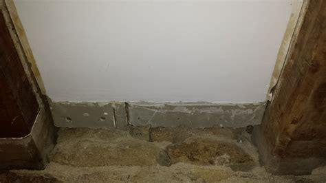 moisissure mur chambre 201 l 233 gant moisissure mur chambre ravizh com