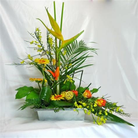floral arrangement natural gift for wedding