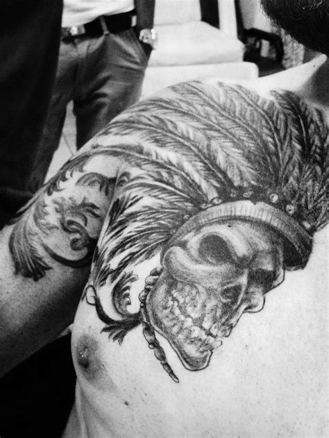 feather tattoo bali 17 best images about tattoos flowers skulls feathers