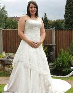 guys forced to wear wedding gown mother loses five stone to transform herself into a bikini