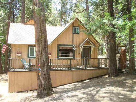 cozy cottage for sale 8 cozy country cottages for sale under 200 000 trulia s
