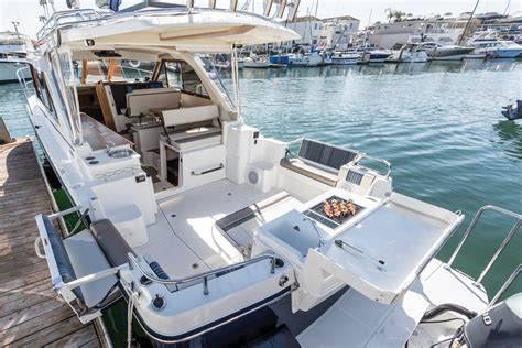 cutwater boats monroe cutwater 302 sport coupe sea magazine