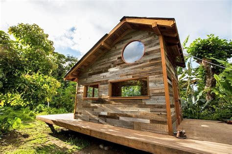 200 sq ft house artist builds gorgeous 200 sq ft house out of 25 000